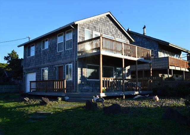 MANZANITA MEMORIES ~ Across Street from the Beach!!!! FABULOUS OCEAN VIEWS!! - Image 1 - Manzanita - rentals