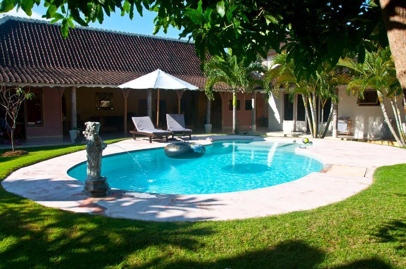 Swimming Pool - Blue Sapphire Villa. Room 1 - Seminyak - rentals