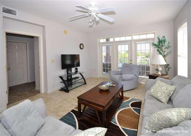 Spread out and relax in the living room - Anastasia Seaside 205D, 3 bedroom, HDTV Wifi, Pool - Saint Augustine - rentals