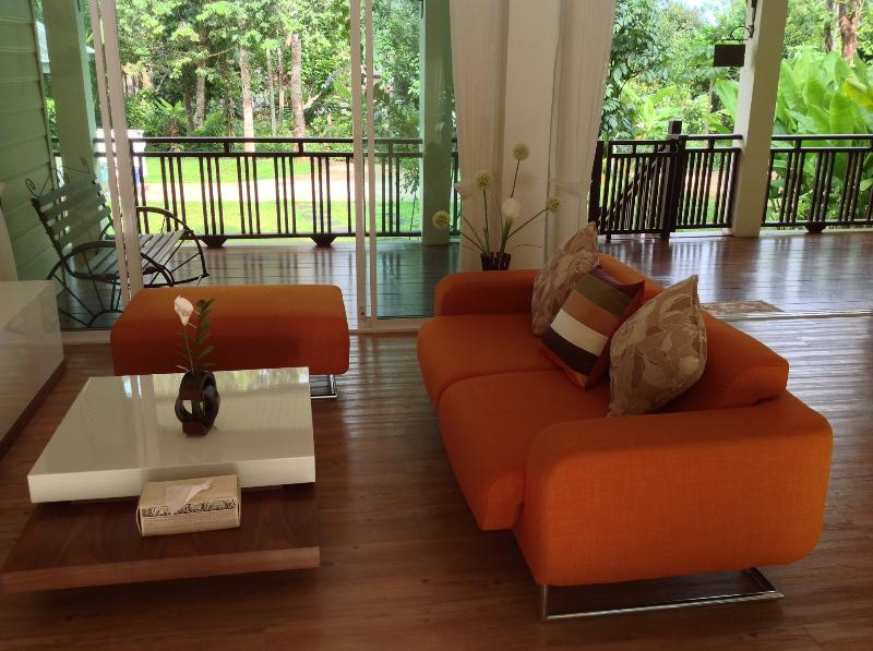 Living room open to the garden - The Hillside Villa of Krabi - Krabi - rentals