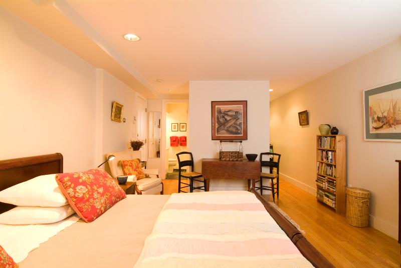 Bed and Eating Areas Toward Kitchen and Bath - My Suite On Braddock (M365-ST) - Boston - rentals