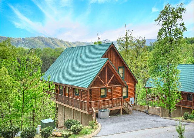 2BR Log Cabin w Views, Hot Tub, WiFi & Pool Table! Summer Special from $119!! - Image 1 - Pigeon Forge - rentals