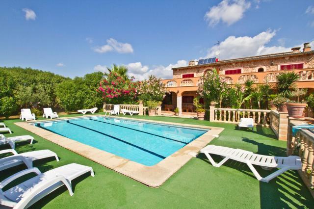 7 bedroom Villa in Selva, Selva Countryside, Mallorca, Mallorca : ref 2213408 - Image 1 - Selva - rentals