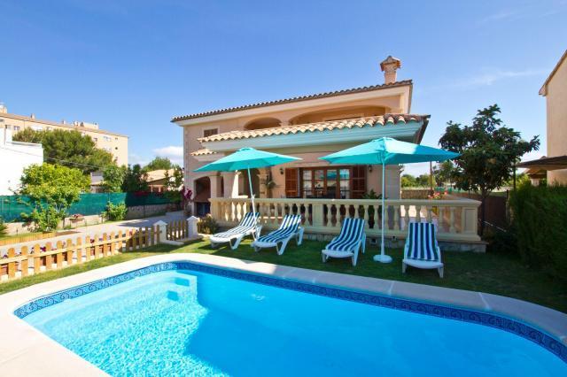 4 bedroom Villa in Alcudia, Baleares, Mallorca : ref 2213442 - Image 1 - Alcudia - rentals