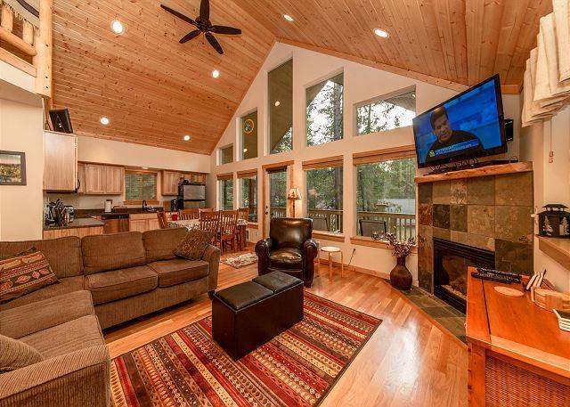 Raven Ridge Lodge - New Cabin in Evergreen Valley!  3BR/Loft + Bonus | WiFi | Fall-Winter Special - Ronald - rentals