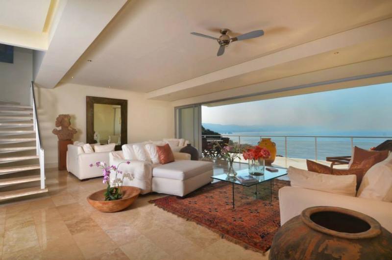 Living Room - Beautiful Romantic Zone 3 Bedroom PH - Horizon - Puerto Vallarta - rentals