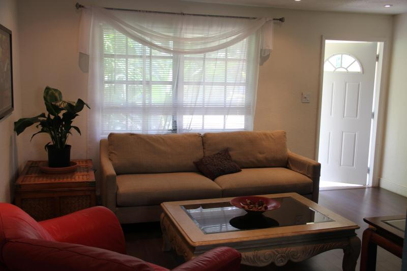 Living Room - View from Kitchen, Dining Nook - Boutique Rental Fort Lauderdale - Fort Lauderdale - rentals