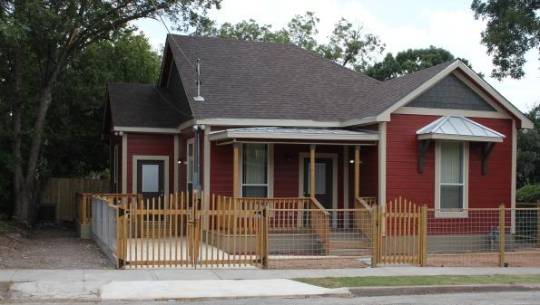 Unique 1925 Home within minutes of the River Walk! - Image 1 - San Antonio - rentals