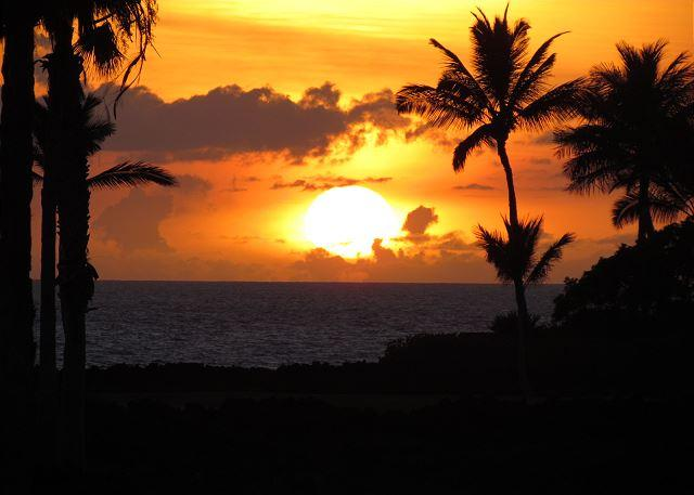 Sunset from lanai - Luxury property with beautiful ocean views! LAVA FLOW SPECIAL 7TH NIGHT COMP - Puako - rentals