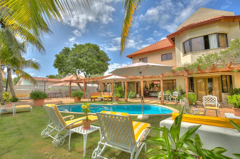 Rancho Arriba 4, Casa de Campo - Ideal for Couples and Families, Beautiful Pool and Beach - Image 1 - Altos Dechavon - rentals