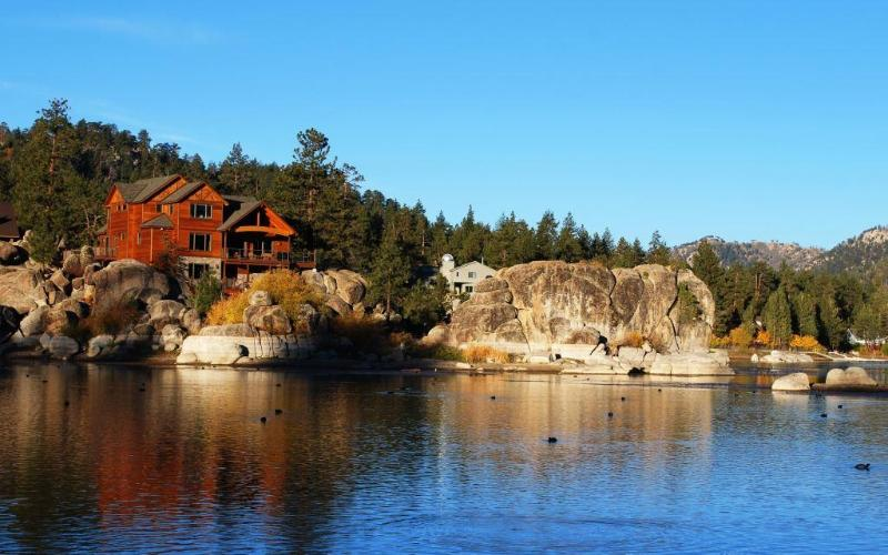 Luxury Boulder Bay Lakefront - Image 1 - Big Bear Lake - rentals