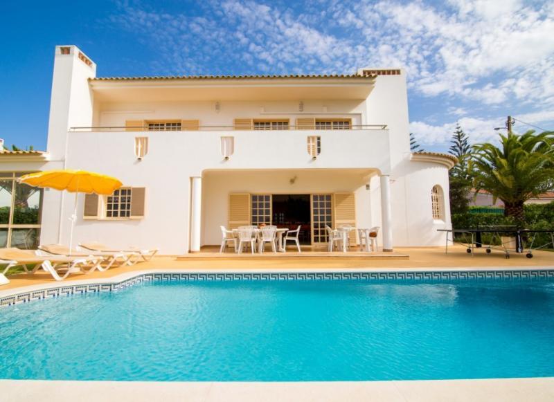 Villa Paradis I - Guia Albufeira, zoomarine, Algarve villas - Image 1 - Albufeira - rentals