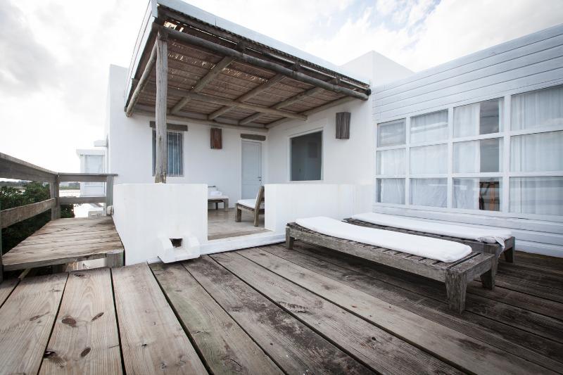 Bright 2 Bedroom Apartment in La Barra - Image 1 - Punta del Este - rentals