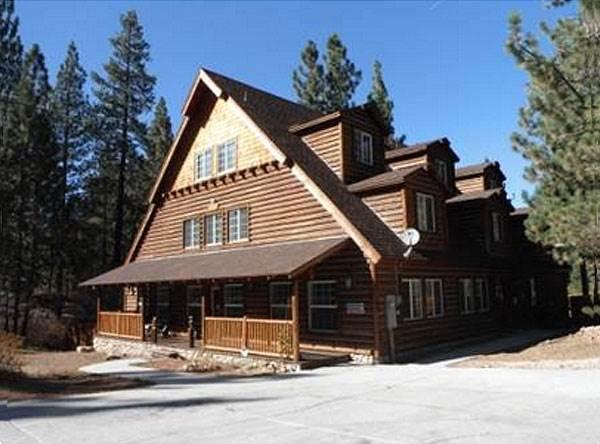 Four Seasons Chalet #1373 - Image 1 - Big Bear Lake - rentals