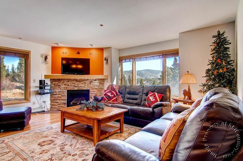 Tyra Chalet 229 by Ski Country Resorts - Image 1 - Breckenridge - rentals