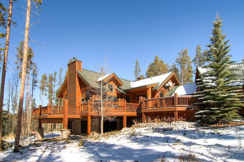 Whitetail Lodge by Ski Country Resorts - Image 1 - Breckenridge - rentals