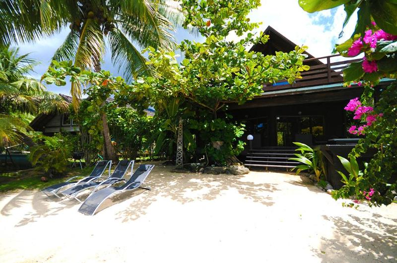 Maharepa Beach by ENJOY VILLAS - Image 1 - Maharepa - rentals