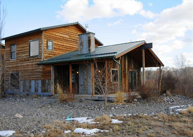 Angler's Rest on the Yellowstone - Image 1 - McLeod - rentals