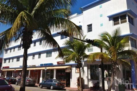 South Beach Condo on Collins**Discounts Available** - Image 1 - Miami Beach - rentals