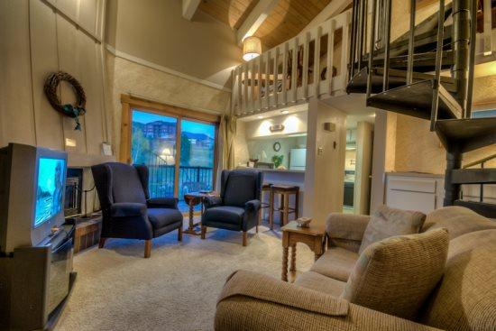 Nice Open Living Area with TV and Fireplace - Rockies 2235 - Steamboat Springs - rentals
