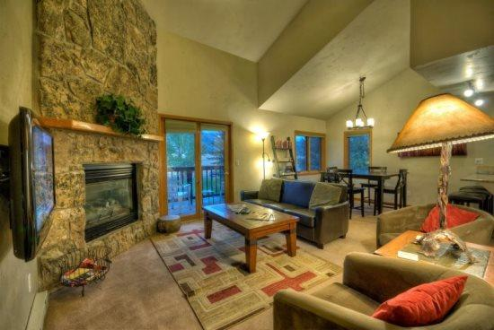 Main Level Living Room with Fireplace - Pines D 206 - Steamboat Springs - rentals