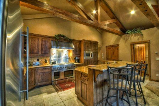 Eagles Nest Amazing kitchen With Stainless Steel Appliances, Island, Granite Counter tops - Eagles Overlook Chalet II - Steamboat Springs - rentals