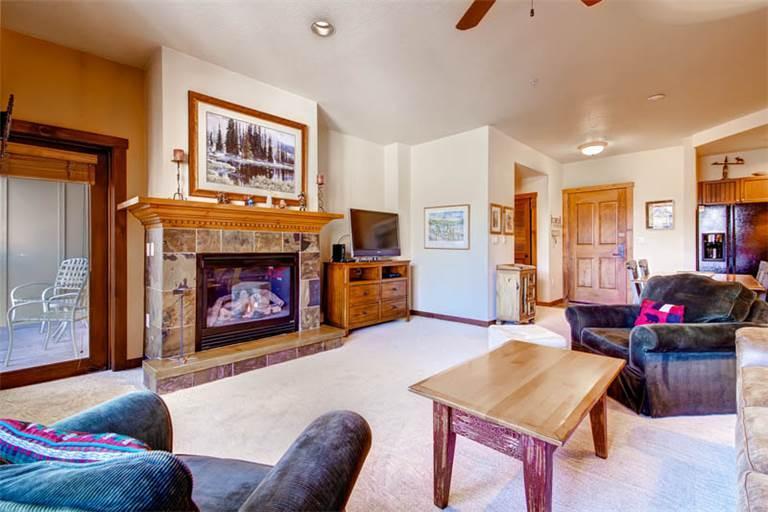 Affordable Breckenridge 2 Bedroom Walk to lift - M3307 - Image 1 - Breckenridge - rentals
