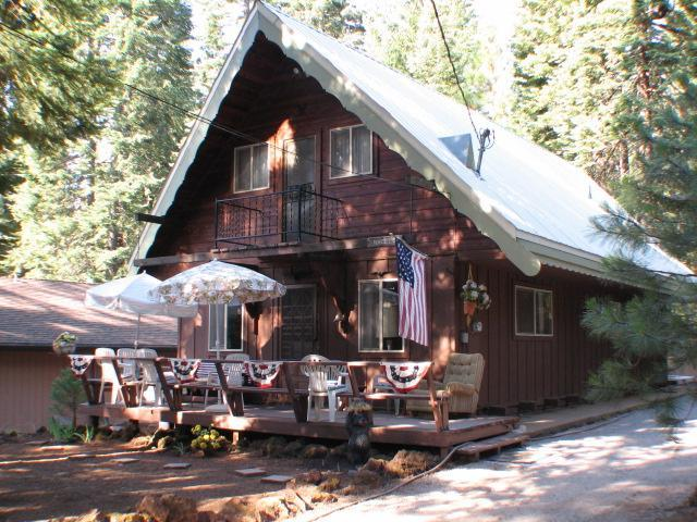 Front of Home - Nagel - Country Club Cabin by Rec Area 1 - Lake Almanor - rentals