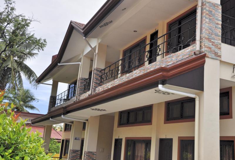 Pal-Watson Apartments 3 - Image 1 - Lapu Lapu - rentals
