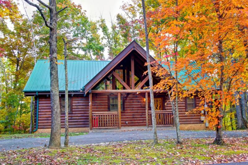 WHISPERING WINDS - Image 1 - Sevierville - rentals