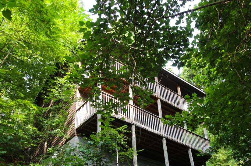 HELENS HAVEN - Image 1 - Gatlinburg - rentals