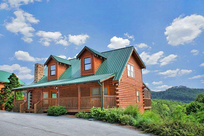 HOLLYWOOD IN THE HILLS - Image 1 - Pigeon Forge - rentals