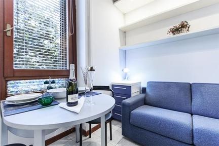 Practical studio apartment in Milan - 1809 - Image 1 - Milan - rentals