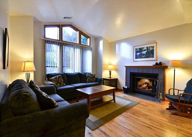 Cozy Living Room with Fireplace - Parkside: Beautiful Home  by Sequoia Park and Hospital - Corporate & Vaca - Eureka - rentals