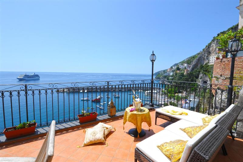 Afrodite house in the centre of Amalfi test - Image 1 - Amalfi - rentals