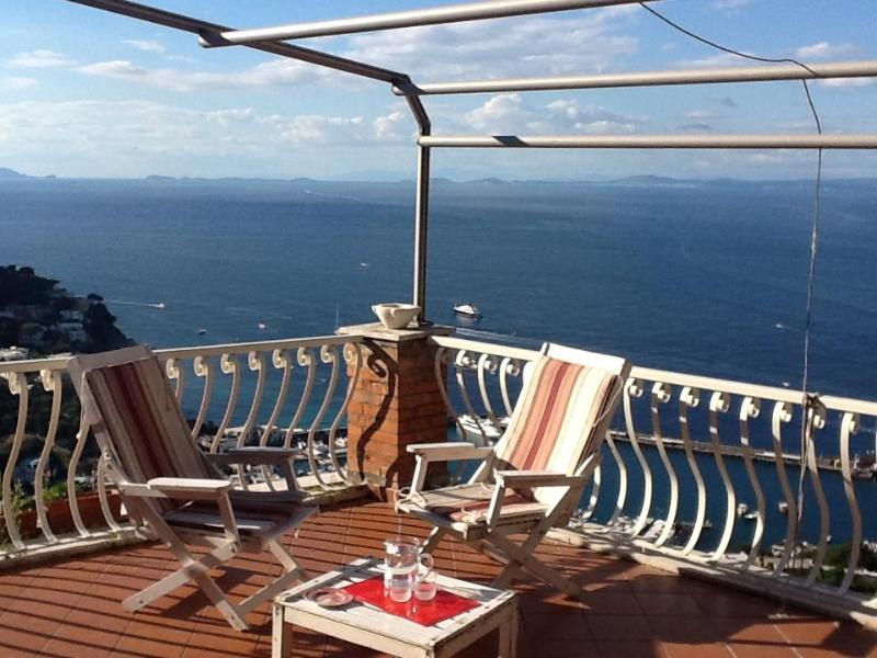 "Capri-2minutes from ""Piazzetta""-Apt with Sea view - Image 1 - Capri - rentals"