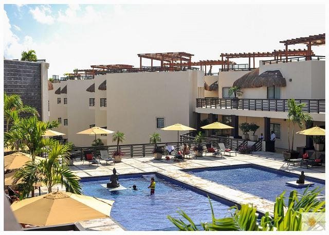 PERFECT FOR A ROMANTIC GETAWAY just steps from Mamitas Beach - Image 1 - Playa del Carmen - rentals