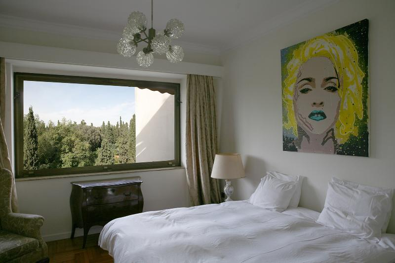 Bedroom 1 - Stunning apt with large balcony & great views - Athens - rentals