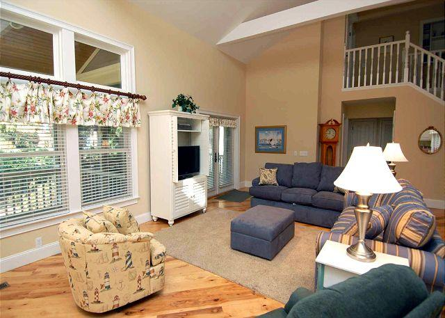 Living Area - 233 Beachside Home-4 Bedroom / renovated & additional 1000 sq ft added. - Hilton Head - rentals