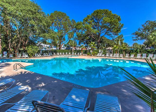 South Beach Pool - 1654 Bluff Villa-Beautiful first floor villa-Quick walk to beach & marina - Hilton Head - rentals