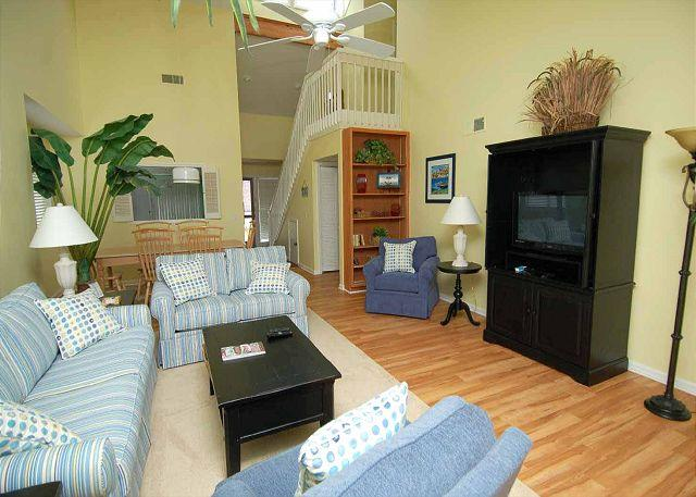 Living Area w/ Flat Panel TV - 20 Townhouse Tennis - 3 Bedrooms plus a bonus kids bedroom.  Very Pretty - Hilton Head - rentals