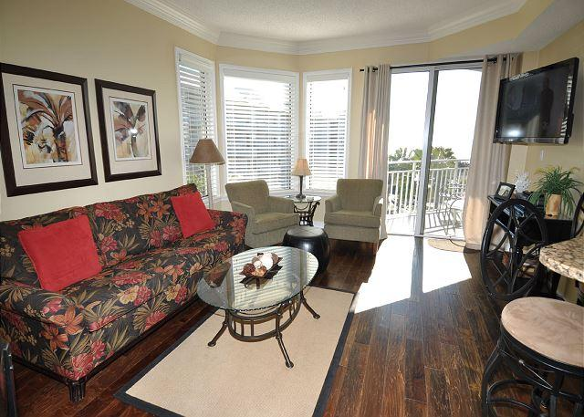 Living Area w/ Flat Panel TV - 1402 SeaCrest - Fully renovated, 4th Floor Villa - Sleeps 8 - Hilton Head - rentals