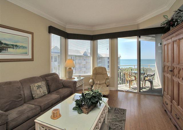 Main Living Area - 1502 SeaCrest-5th Floor/ Beautiful Oceanviews - - Hilton Head - rentals