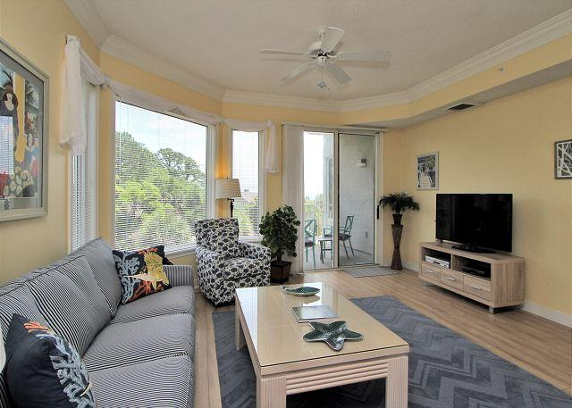 Living Area w/ Large Flat Panel TV - 2301 SeaCrest-3rd Floor, Awesome Beach Location - Hilton Head - rentals