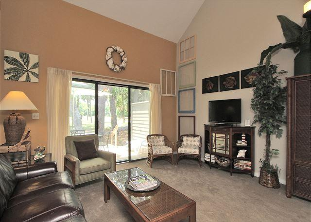 Main Living Area - 198 Greens-Quick walk to the beach & tennis. Fall dates available - Hilton Head - rentals