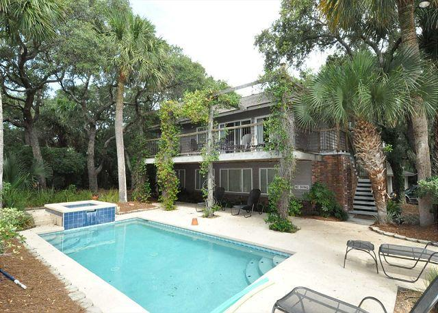 Exterior - 8 Lark - Cute  2nd Row From The Ocean with Pretty Views - Hilton Head - rentals