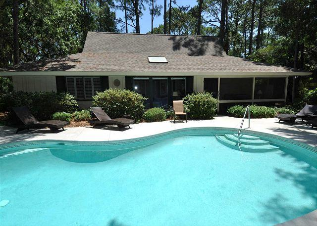 Exterior - 5 Piping Plover -  4 Bedrooms & 4th Row Ocean Beach Home.  Pretty! - Hilton Head - rentals