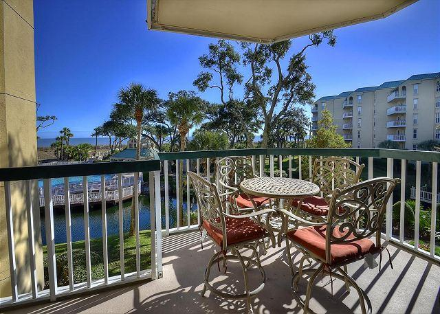 Patio w/ View - 206 Barrington Arms-Oceanfront Views. Fall at the beach is warm & beautiful - Hilton Head - rentals