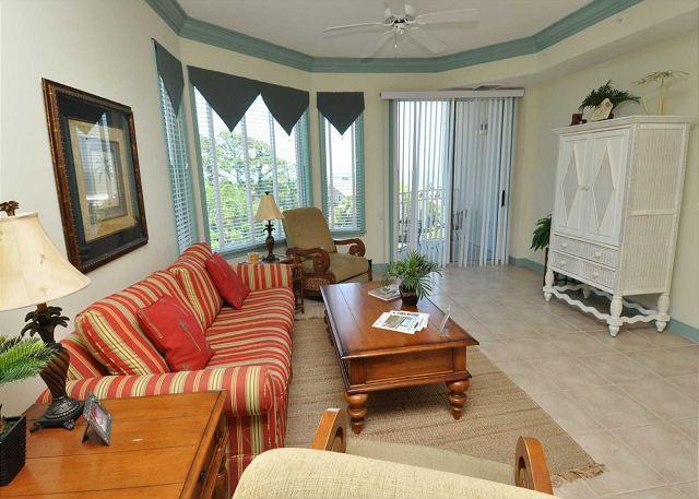 Living Area - 2403 SeaCrest - Pretty Ocean Views and very spacious - Hilton Head - rentals