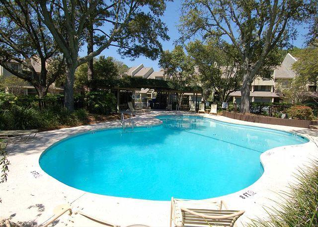 Sound Villa Pool - 1468 Sound Villas- Quick Walk to both the Ocean &  South Beach Marina - Hilton Head - rentals